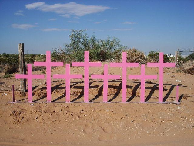 1024px-Cruces_Lomas_del_Poleo