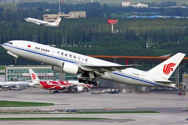 Air China Boeing 777-200 Photo Credit: Duan Zhu (2011)