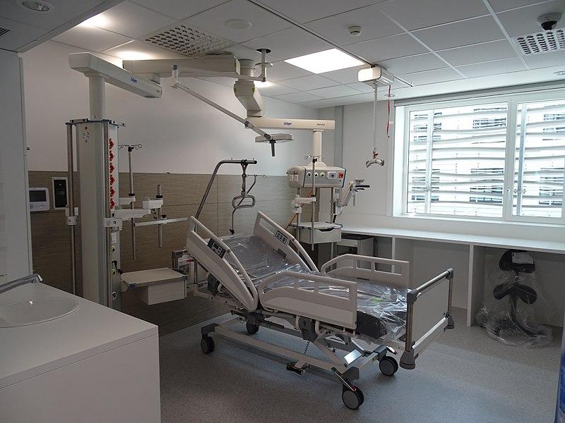 800px-Mechelen_AZ_St_Maarten_Intensive_Care_Unit_01